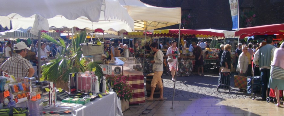 The market in Beasune, near our luxury vacation rental for six or 10 in Puligny Montrachet, near Beaune, Burgundy