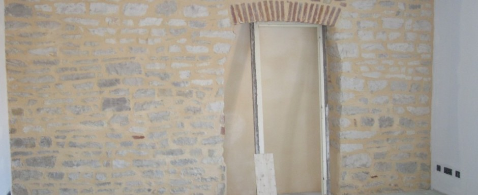 Renovations at 10pm, our luxury holiday rental for 6 or 10, in Puligny Montrachet, near Beaune, Burgundy
