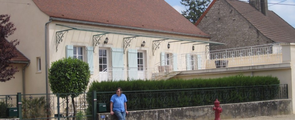 Front view of the Main House of our luxuty vacation rental in Burgundy. The Main House sleeps six and the adjacent Little House four
