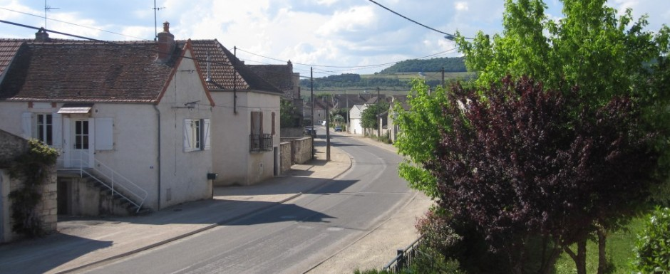 The road from our luxury vacation rental property with three double en-suite bedrooms in Burgundy and our village, Puligny Montrachet