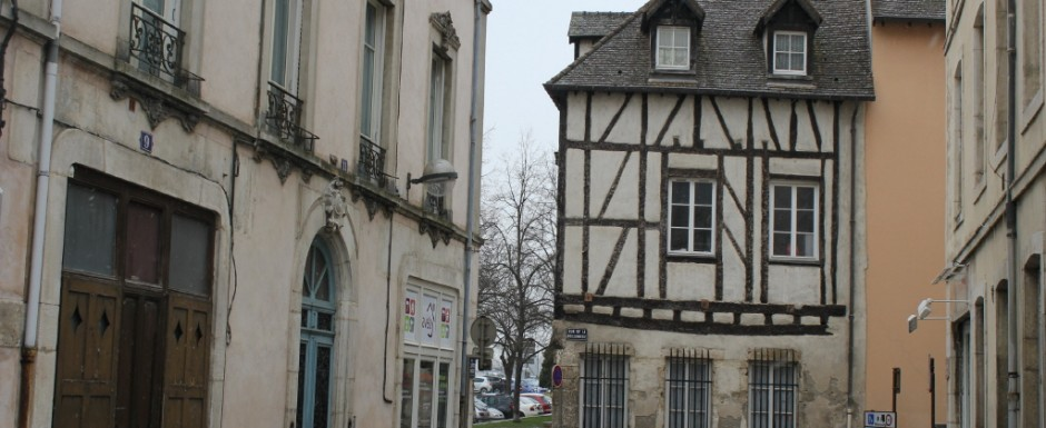 One of the best things to do in Burgundy in the winter is to visit the town of Chalon-sur-Saone, a short drive from our holiday house