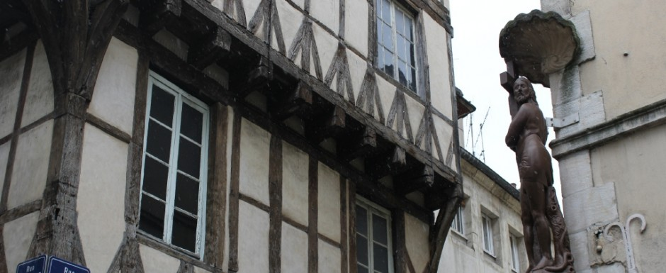 Chalon-sur-Saone has some amazing architecture and it is only 20 minutes from 10pm where we have our house