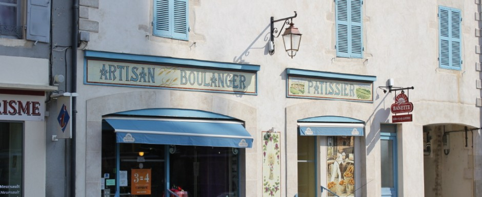 When we stay in Puligny, we often come to this bakery in Meursault for Gougeres