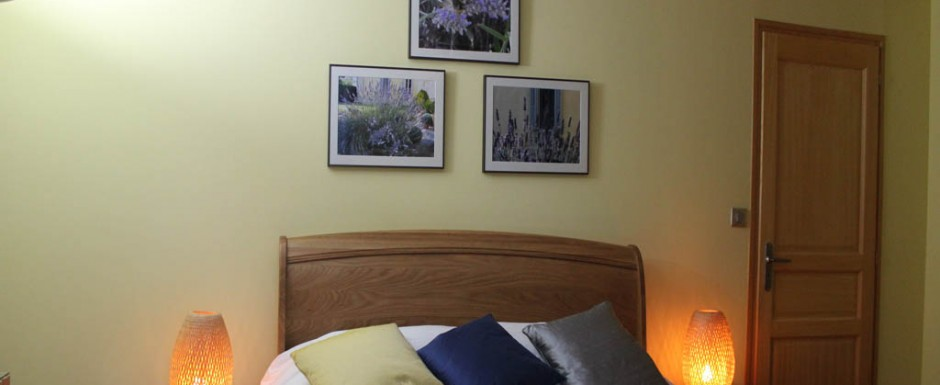 Our Summer double bedroom with en suite in 10pm our holiday rental in Puligny Montrachet, Burgundy