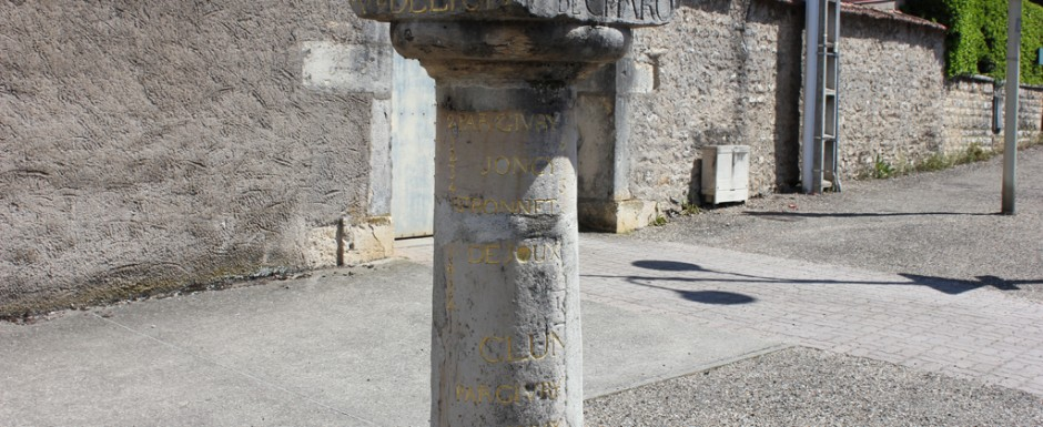 A very pretty font in Chagny, not far from 10pm in Puligny Montrachet, Cote d'Or