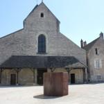 Chalon church and serra sculpture