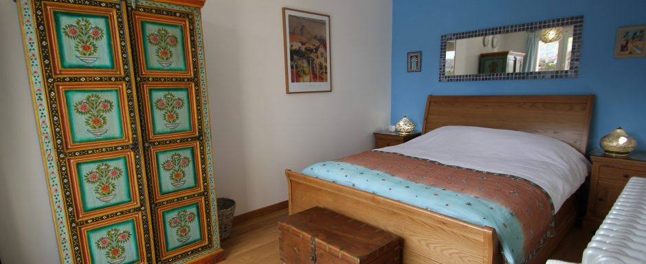 Tunisia bedroom at 10pm, our luxury vacation rental in Puligny-Montrachet, near beaune, Burgundy